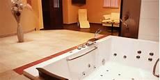 whirlpool im keller wellness keller kern entspannung mit wohlf 252 hl ambiente