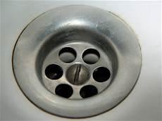 hausmittel gegen verstopften abfluss küche verstopfter abfluss hausmittel extrahierger 228 t f 252 r