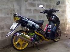 Jupiter Z Babylook by Modifikasi Yamaha Mio Hitam 2011 Pelek Jari Dan Pelek