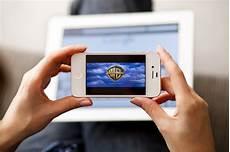 regarder un sur regarder des avec smartphone ou sa tablette zero1