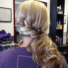 50 delicate bridesmaid hairstyles for a beautiful