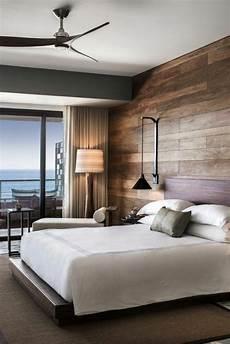 teppich schlafzimmer wohnideen schlafzimmer stilvoller teppich und holzpaneele