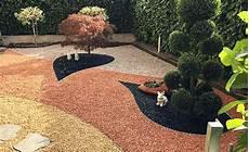 ghiaia colorata giardini con ghiaia realizzazione di giardini ornamentali