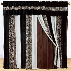 Brown Curtains by 15 Black And Brown Curtains Curtain Ideas