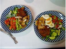 creamy roquefort salad dressing_image