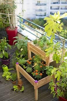 potager vertical balcon 201 pingl 233 par johanne proulx sur jardin potager balcon