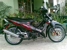 Modifikasi Supra 125 Standar by Modifikasi Supra X 125 Striping Standar Thecitycyclist