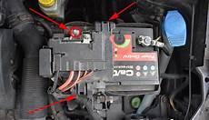 Autobatterie Polo 9n - batterie wechseln ausbauen vw polo 6r
