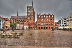 Der Alte Markt In Stralsund Foto Bild Architektur