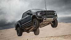 the 2019 ford raptor v8 exterior and interior review 2019 ford raptor v8 option review price new cars and trucks