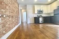 Harlem Apartment 1000 by Three Roommates Can This Harlem Apartment For 1 000