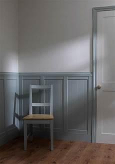 revetement mural interieur en bois soubassement boiserie murale pour personnaliser les murs