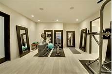 Fitnessraum Zuhause Einrichten - fitness room lower level