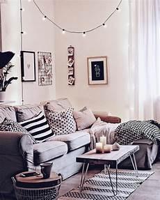wohnen skandinavischer stil neues aus dem wohnzimmer kissenrolle mit textilgarn einrichten und wohnen wohnzimmer