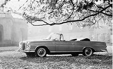 luxurious premium class mercedes 300 se coup 233 and