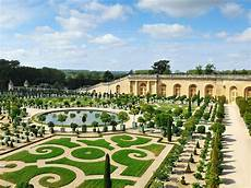 a guide to the palace of versailles france