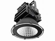 Eclairage Industriel Projecteur Suspendu Ip65 200w