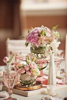 vintage wedding ideas milk glass and depression glass