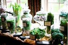 in style party favors green wedding color trends