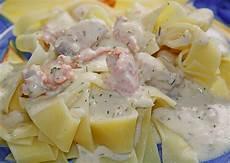 Lachs Mit Sahnesauce - nudeln mit lachs sahne sauce rezept mit bild