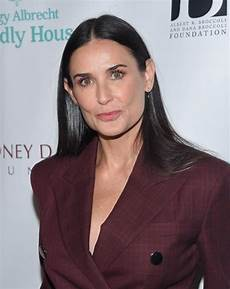 Demi Moore Demi Moore S Hairstyles Over The Years