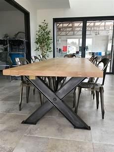 superbe table industrielle pieds x en ipn de 3 m table