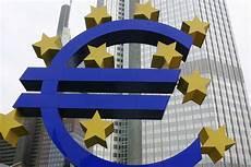 Das Symbol Am Geb 228 Ude Der Europ 228 Ischen Zentralbank