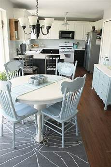 Kitchen Nook Craigslist by 17 Best Images About Painted Kitchen Nook Table And Chairs