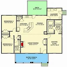 3 bedroom country house plans exclusive 3 bed country cottage plan with split bedrooms