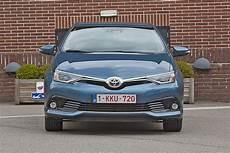 Gebrauchtwagen Test Toyota Auris Hybrid Bilder Autobild De