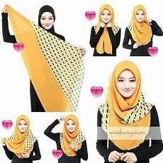 Kreasi Cara Berhijab Segi Empat Menggunakan Jilbab