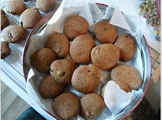 cry baby molasses cookies_image
