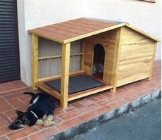 niche en bois pour grand chien de montage