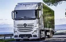 mercedes poids lourds mercedes autorise l emploi de carburants non p 233 troliers sur ses poids lourds