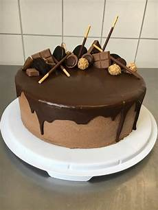 gunstige kuchen mit e torten lust rezept himbeer schoko buttercreme torte