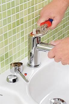 mischbatterie kartusche wechseln armatur kartusche wechseln waschbecken wc selbst de