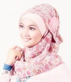 Up2date Koleksi Model Jilbab Segi Empat Terbaru