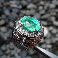 batu satam hijau garansi asli pusaka dunia