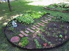 Herb Garden Design by Herb Garden Design Mouade Agafay