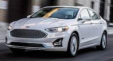 2019 ford fusion facelift brings updated styling and new