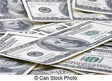 geld hundert dollar rechnungen haufen