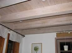 Jetzt Holzdecke Wei 223 Streichen Naturfarben Aktuell