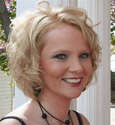 new trendy layered bob hairstyle pictures curly hairstyles