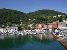 booking ischia porto wo auf ischia 252 bernachten die sechs gemeinden der insel
