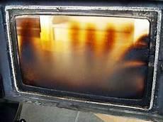 nettoyer vitre poele à bois tres sale vitre de poele a bois qui noircit trotel po 234 le 224 bois