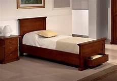 letti singoli in legno letto singolo in legno massiccio