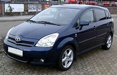 2005 toyota corolla verso pictures information and