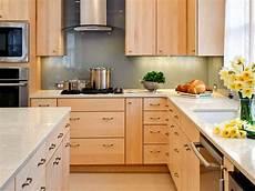 Kitchen Backsplash Ideas With Birch Cabinets by Modern Kitchen With Maple Cabinets With Clear Stain Modern