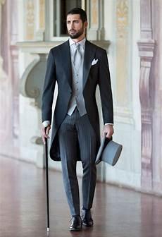 schwarzer anzug zur hochzeit jacket single breasted waistcoat proper fitting trousers