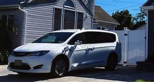 Dude I Love My New Car 2018 Chrysler Pacifica Hybrid